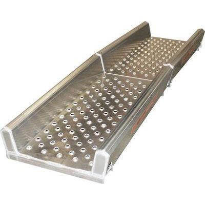 Alloy Split platform for cattle